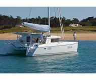 Catamaran Lagoon 421 available for charter in Marina Eczanesi