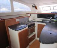 Catamaran Leopard 43 for charter in Clifton