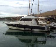 Motoryacht Antares 10.80 Yachtcharter in Marina Frapa