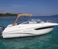Motoryacht Cap Camarat 7.5 DC Yachtcharter in Port d Aiguadolc