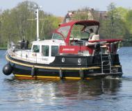 Classic Sturdy 360 AC Motoryacht Charter Berlin