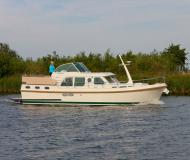 Motor boat Grand Sturdy 36.9 AC for rent in Marina Buchholz