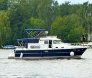 Nimbus 380 Commander Motoryacht Charter Berlin