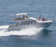 Motoryacht Prestige 46 Fly Yachtcharter in Tivat Marina