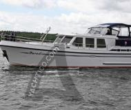 Yacht with 4 cabins available for charter in Waren