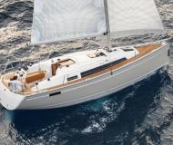 Segelyacht Bavaria 33 Cruiser chartern in Marina Sangulin