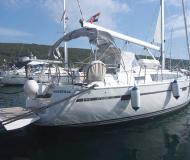 Yacht Bavaria 37 Cruiser for hire in Marina Punat