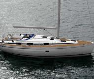 Yacht Bavaria 37 Cruiser - Sailboat Charter Bjorlanda