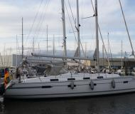 Sailing yacht Bavaria 40 Cruiser available for charter in Hoorn
