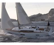 Yacht Dufour 410 Grand Large Yachtcharter in Marti Marina
