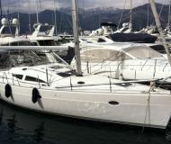 Segelyacht Elan 434 Impression chartern in Marina Barska