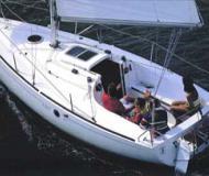 First 211 Segelboot Charter Italien