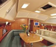 Yacht Hunter 44 Deck Salon for hire in Oceanside Marina