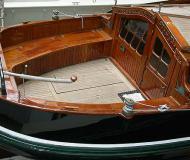 Lemsteraak Zeeroos Sailboat Charters Netherlands