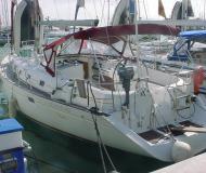Sailing yacht Oceanis 461 for rent in Puerto Deportivo Radazul