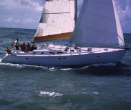 Sailing yacht Oceanis 473 Clipper available for charter in Genoa Harbour