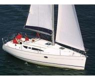 Sailing yacht Sun Odyssey 32 available for charter in Landbouwhaven Marina