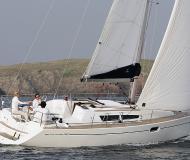Segelyacht Sun Odyssey 36i Yachtcharter in Hafen von Alcudia