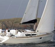 Sailing yacht Sun Odyssey 36i for rent in Kortgene