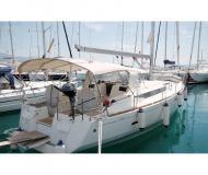 Yacht Sun Odyssey 439 for charter in Bar