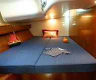 Yacht Sun Odyssey 49 Performance - Sailboat Charter Talamone