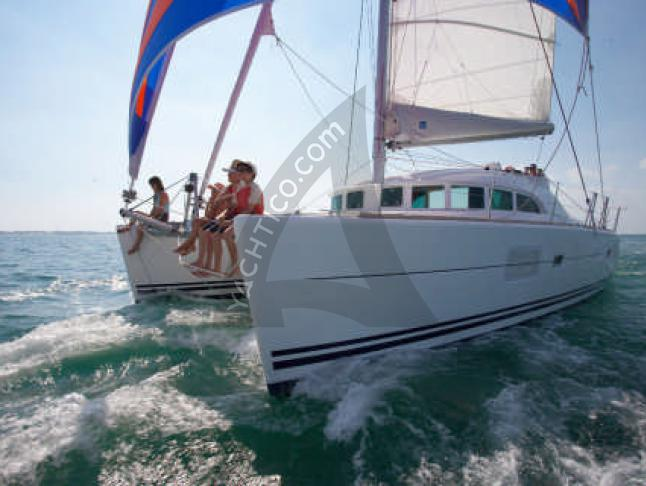 Catamaran Broadblue 385 available for charter in Bodrum Marina Milta