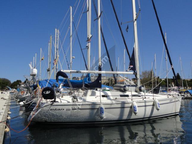 Elan 333 Sailboat for rent Split