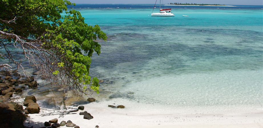 Yacht Vacation in SAINT VINCENT AND THE GRENADINES