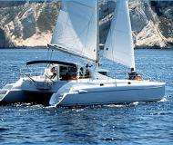 Cat Athena 38 for hire in Betina