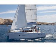Catamaran Lagoon 400 for rent in Marti Marina