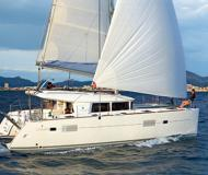 Catamaran Lagoon 400 for rent in Marina Mandalina
