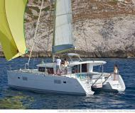 Cat Lagoon 400 S2 for charter in Pointe a Pitre