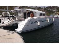 Kat Lagoon 400 S2 chartern in Marina Le Marin