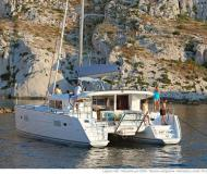 Catamaran Lagoon 400 S2 for rent in Athens
