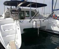 Katamaran Lagoon 410 chartern in Athen