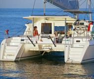 Kat Lagoon 421 chartern in Marina di Portorosa