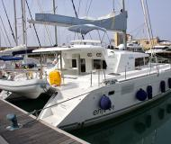 Catamaran Lagoon 440 available for charter in Puntone