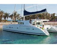 Catamaran Lagoon 500 for charter in Placencia