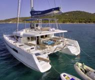 Kat Lagoon 52 chartern in Samos