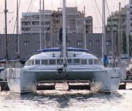 Katamaran Lagoon 560 chartern in Marina di Olbia