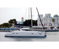 Katamaran Lavezzi 40 Yachtcharter in Puerto Deportivo Radazul