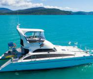 Motoryacht Perry 44.5 PC Yachtcharter in Marina Abel Point