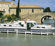 Houseboat Confort 1350 available for charter in Marina Saverne