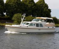 Houseboat Grand Sturdy 43.9 AC for hire in Marina Zehdenick