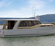 Houseboat Greenline 33 available for charter in Berlin City