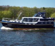 Gruno 35 K classic House Boat Charters Germany