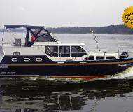Houseboat Hollandia 38 Classic for hire in Marina Bootscenter Keser