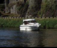 Hausboot NICOLS 800 in Marina Rogny chartern