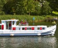 Houseboat Penichette 1107 for rent in Port Dompierre sur Besbre