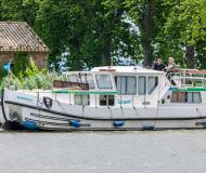 Houseboat Penichette 1160 for rent in Corbigny
